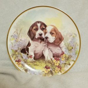 Royal Vale Hound Puppies Collector Plate